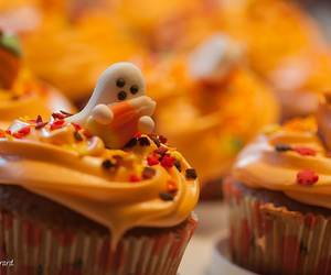 cupcake, Halloween, and ghost image