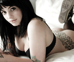 Suicide Girl, Suicide Girls, and radeo suicide image