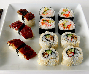 asian, maki, and sushi image