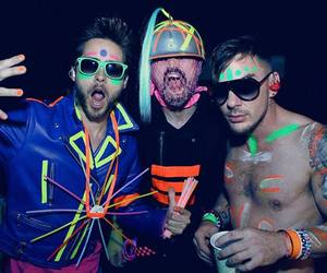 30 seconds to mars, brothers, and neon image