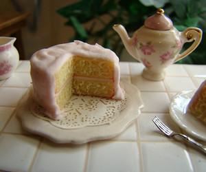 cake and tea image
