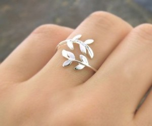 ring, silver, and hand image