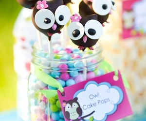 owl and cake pops image