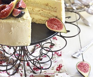fig and cake image