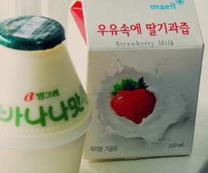 food, korean, and milk image