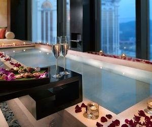 luxury, rose, and romantic image