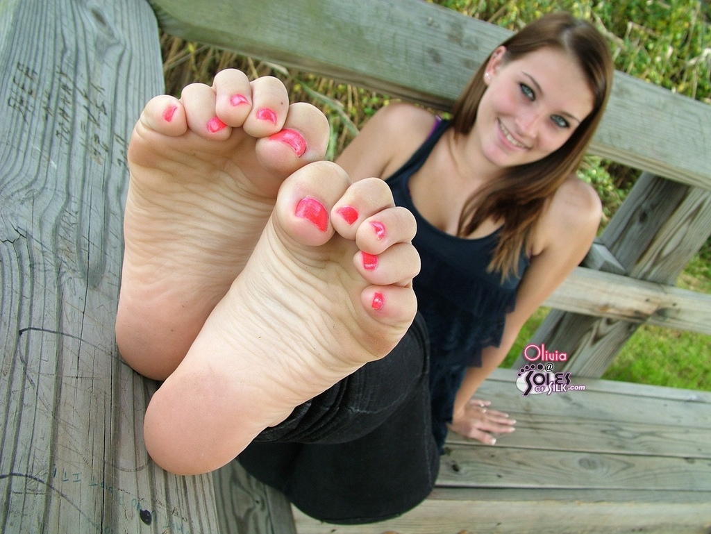 Girls and feet