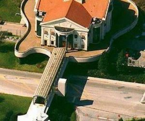 house, guitar, and music image