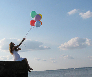 alone, ballons, and baloes image
