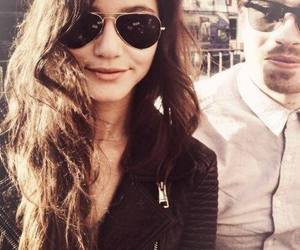 eleanor calder image