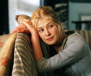 pride and prejudice, rosamund pike, and jane bennet image