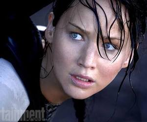 Jennifer Lawrence, catching fire, and katniss everdeen image