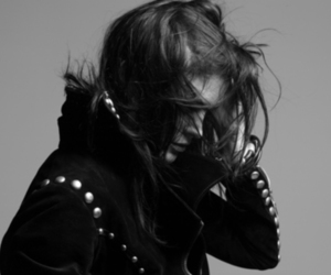 alison mosshart, black and white, and the kills image