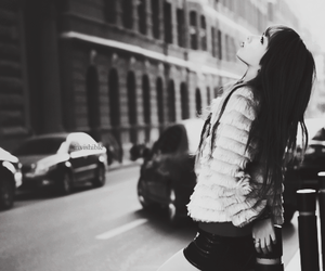black and white, girl, and ulzzang image