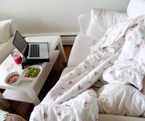 food, room, and bed image