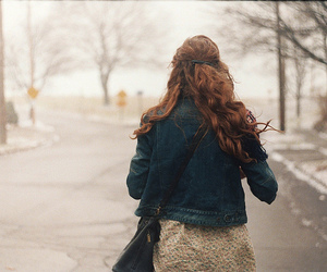 girl, vintage, and winter image