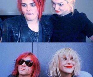 gerard way, kurt cobain, and Courtney Love image