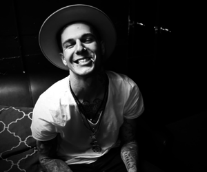 jesse rutherford, the neighbourhood, and smile image