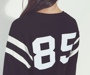 fashion, sweater, and 85 image