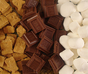 candy, chocolate, and cracker image