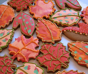 Cookies and leaves image
