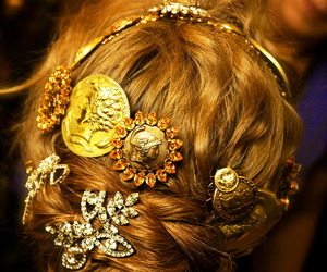 beautiful, sparkle, and gold image
