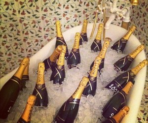 champagne, ice, and moet image