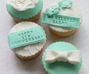 <3, cupcake, and delicious image