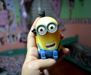 bedroom, minion, and kevin image