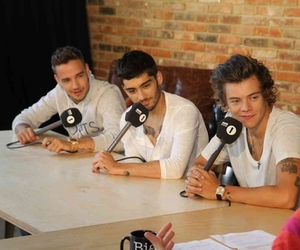 love them and 1d image