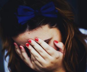 girl and ribbon image
