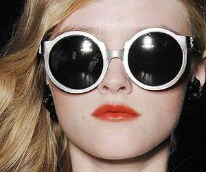 face, fashion, and round glasses image