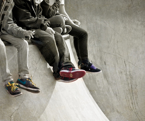 b&w, boys, and skater image