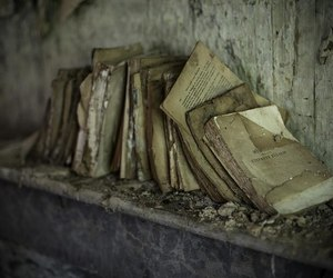 books and old image