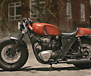 http://www way2speed com/2013/10/kawasaki-w650-cafe-racer