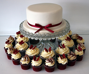 cake and cupcakes image
