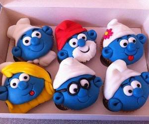 blue and cup cakes image