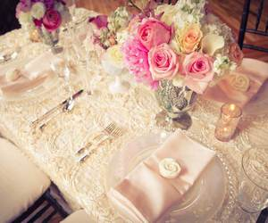 flowers, vintage, and table image