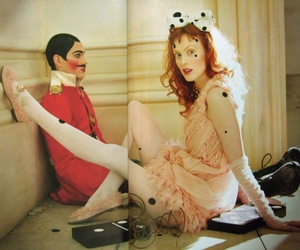bow, Karen Elson, and fashion image