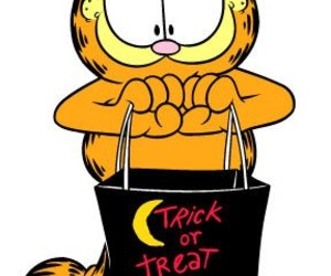 garfield, Halloween, and cute couples image