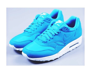 blue and airmax image