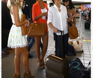 outfit, the saturdays, and vanessa white image