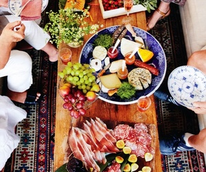 food, yummy, and friends image