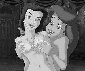 ariel, gays, and princesas image