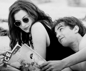Anne Hathaway and couple image