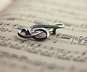 music and note image