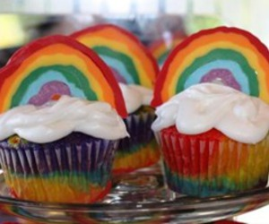 cupcakes and rainbow image