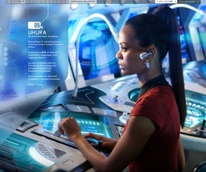 zoe saldana, nyota uhura, and star trek into darkness image