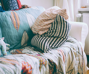 vintage, home, and pillow image