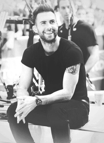 68 images about adam levine on We Heart It | See more about adam levine, maroon 5 and sexy